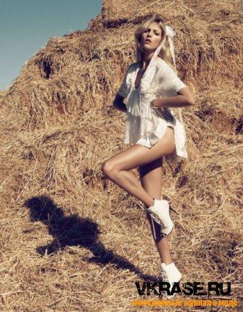 Модель Анна Рубик для модного журнала Vogue Nippon, март 2010
